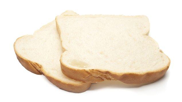 Le pain blanc augmente rapidement le taux de glycémie dans le sang et favorise ainsi le stockage des graisses.