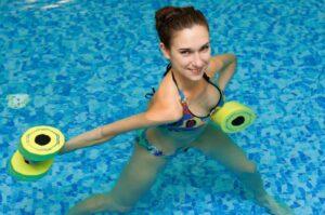 l'aquagym : un excellent moyen pour avoir des hanches sexy